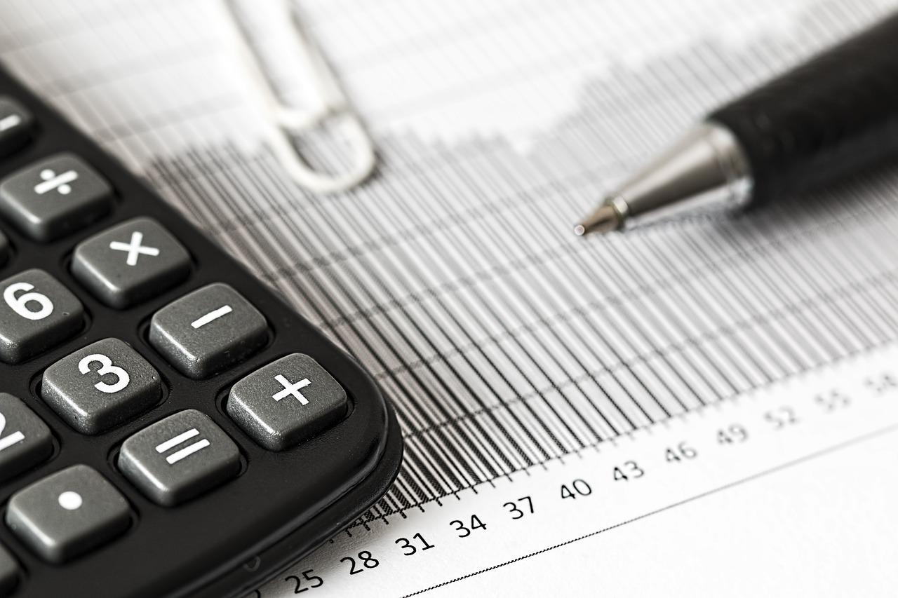 Jak wypełnić deklaracje VAT R?