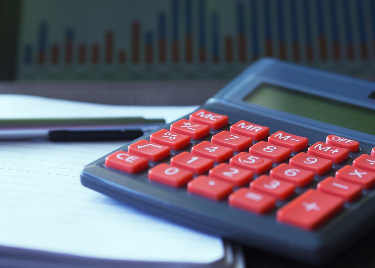 Ile kosztuje założenie i prowadzenie działalności?