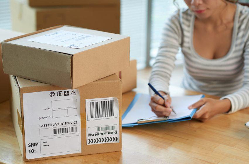 Jak zapakować paczkę, by dotarła do klienta bezpiecznie?