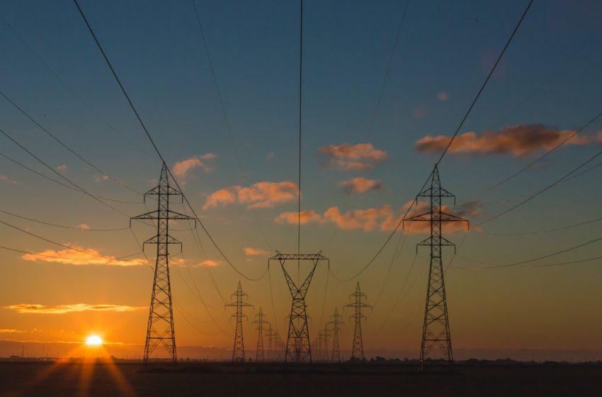 Na co zwrócić uwagę, wybierając prąd dla firm?