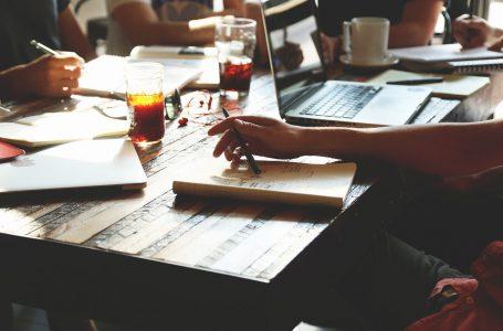 Sala konferencyjna – jak wybrać odpowiednią?